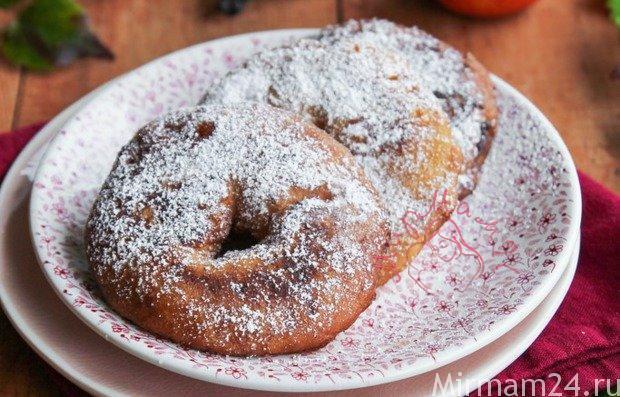 Пончики с яблоком