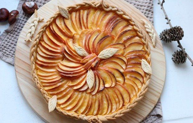 Веганский яблочный пирог с облепихой